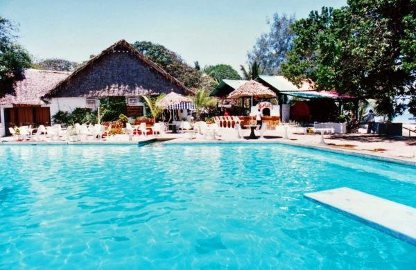 mombasa hotel pool kenya