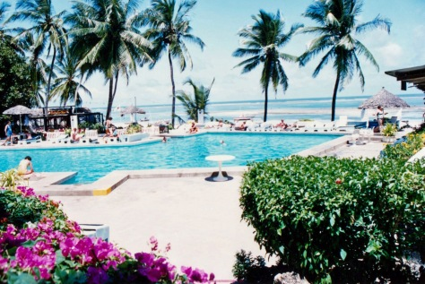 mombasa kenya swimming pool and sea