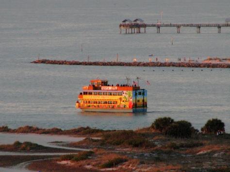 Island boat Calypso Queen ed