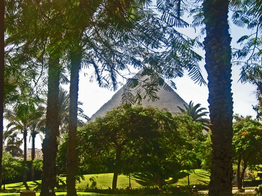 Giza pyramid from Mena House L