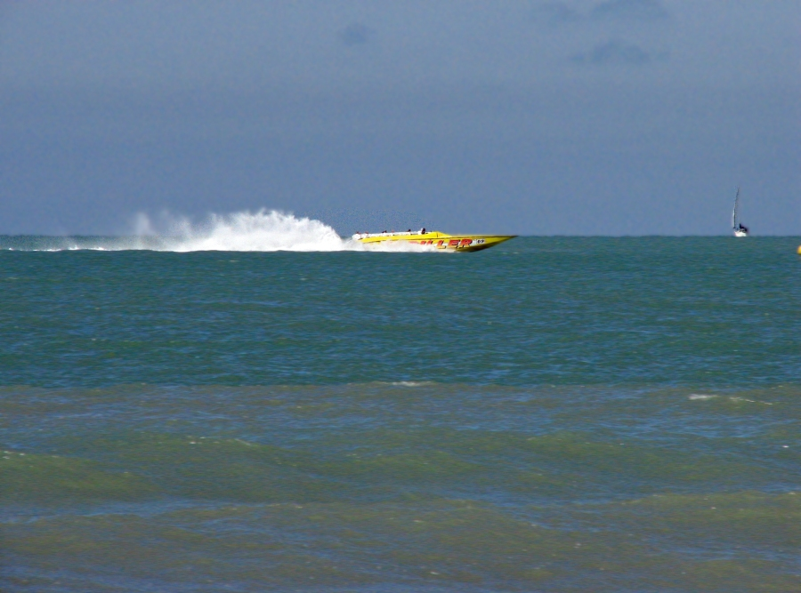 Speed boating in clearwater fl