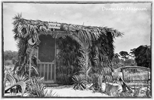 lovers nook hut on honeymoon island 1940s