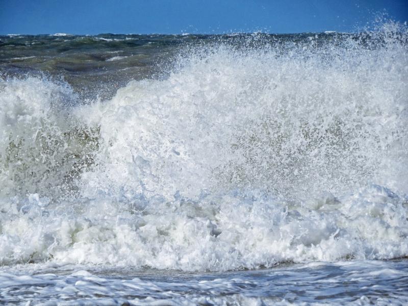 stormy ocean wave2