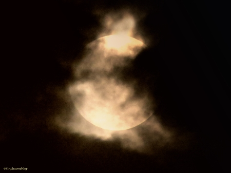 supermoon 2 sept 27 in clouds