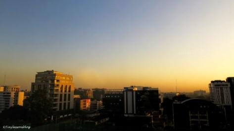 sunrise over Nairobi ud48