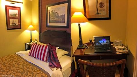 hotel room in Geneva ud51
