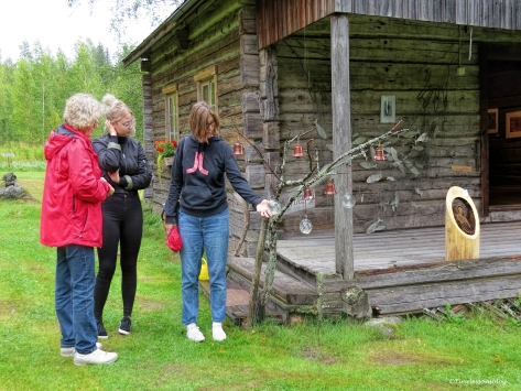 admiring the sculpture Leporanta Finland Aug16 UD75