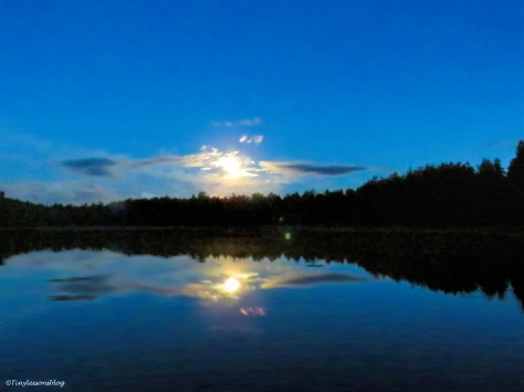 moon light on the lake Finland 2 Aug16 2 UD75