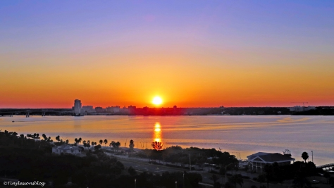 sunrise over the bay 2 ud76