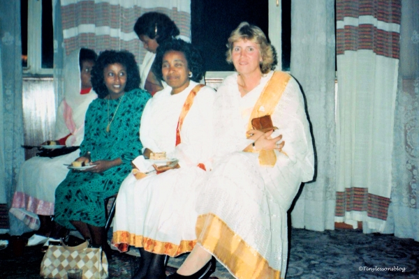 aulikki-at-coffee-ceremony-in-ethiopia-nos1