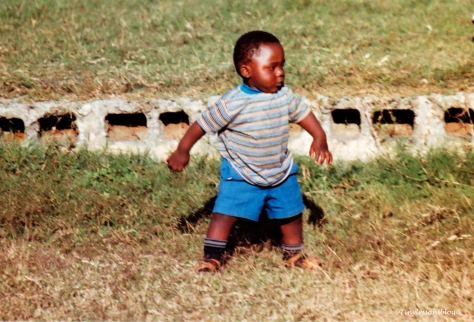young-dancer-vic-falls-zambia-nos1