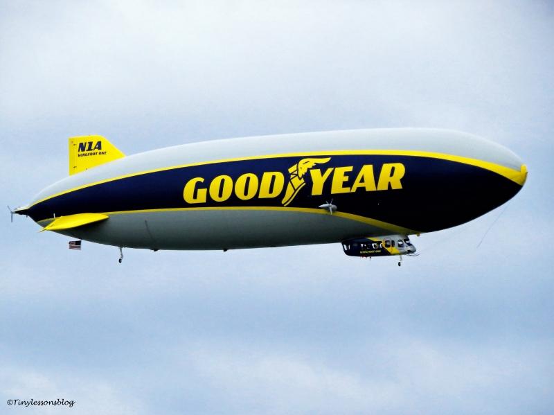 airship-ud102