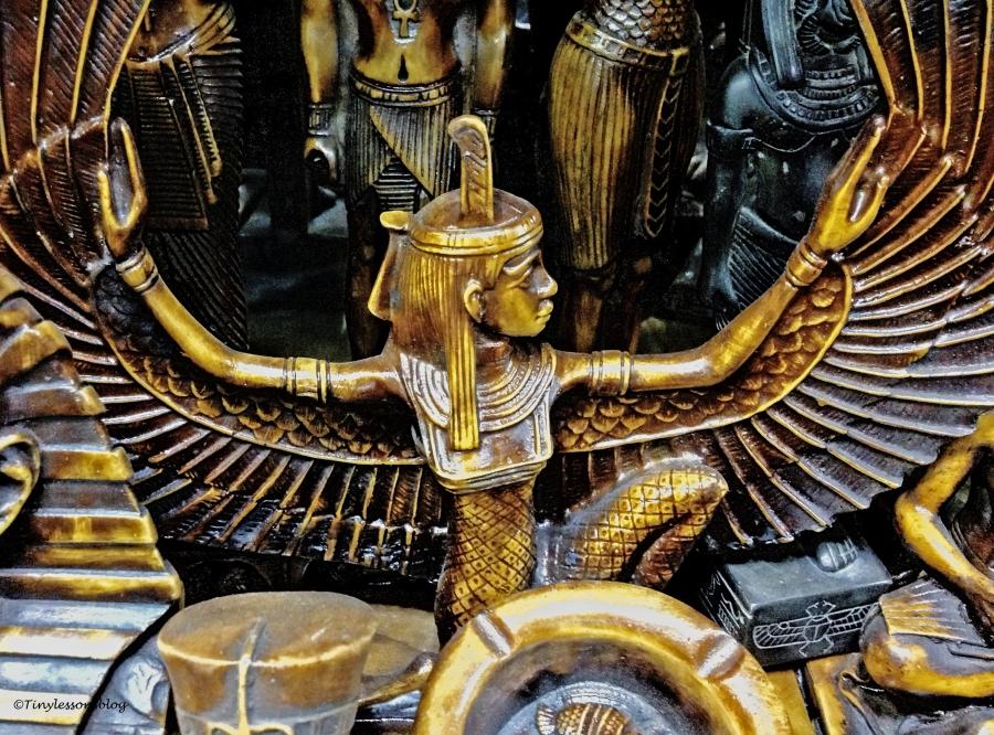 cairo-market-souvenirs-ud103