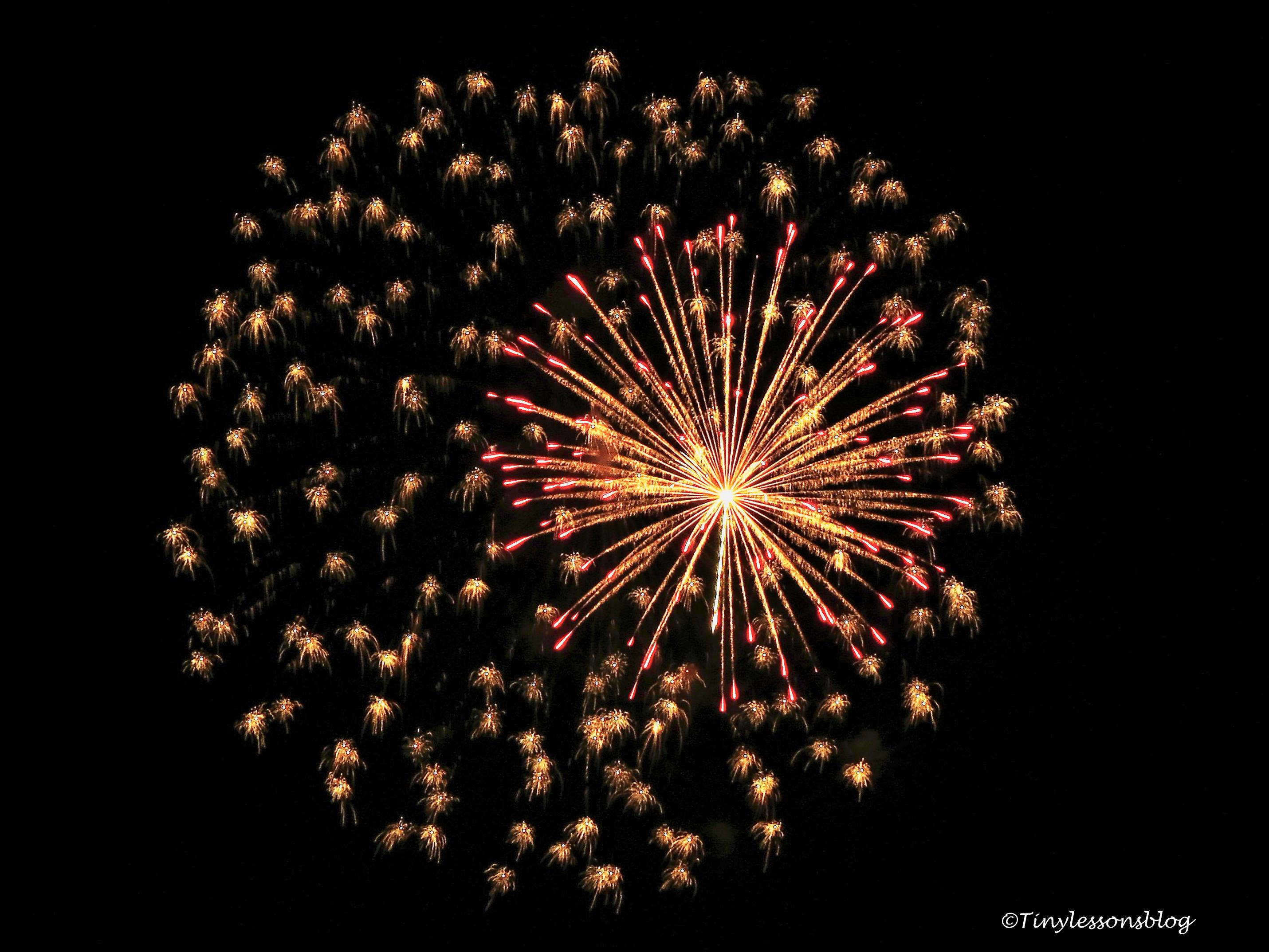 fireworks-2017-ud100