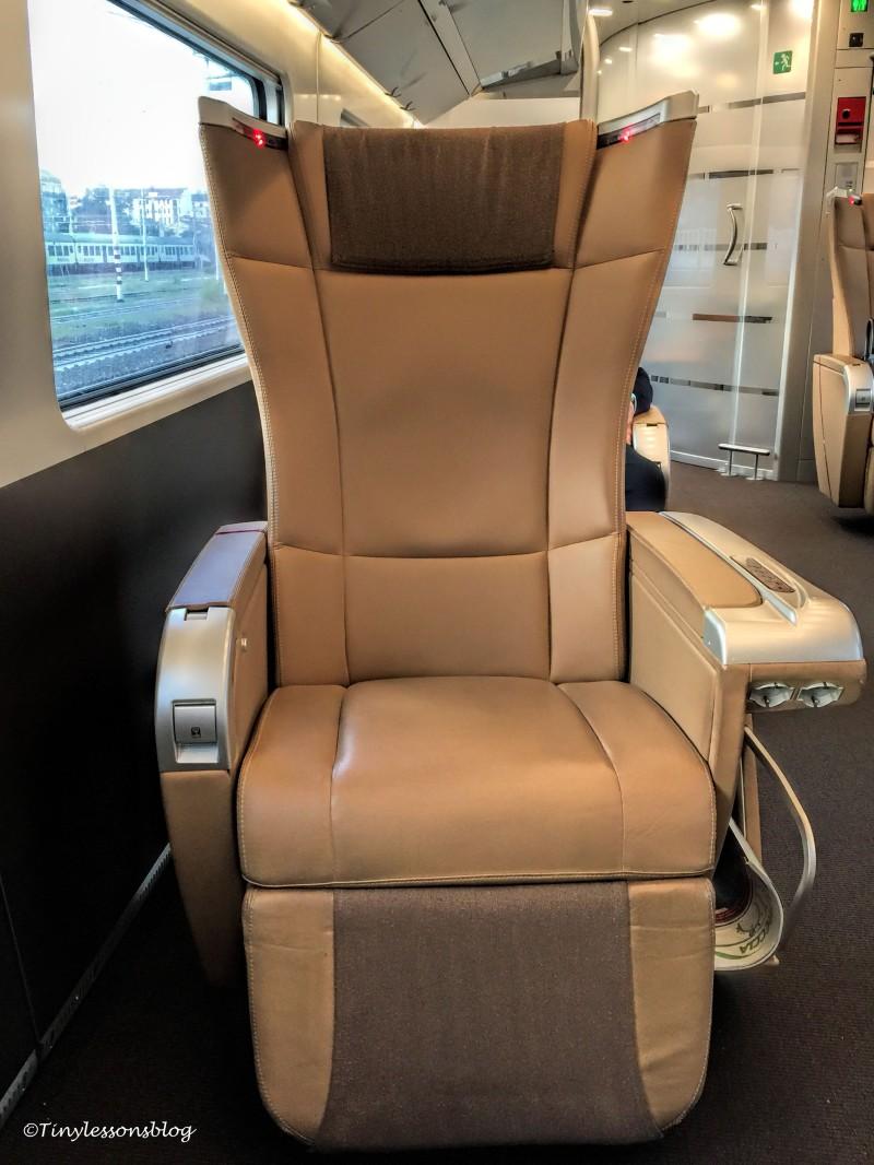 frecciarossa executive class seat Rome