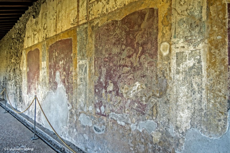 frescos in a house in Pompeii