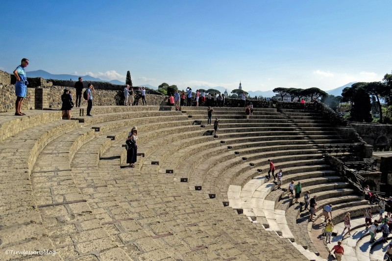 grand theater pompeii