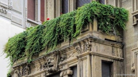 green balcony Milan
