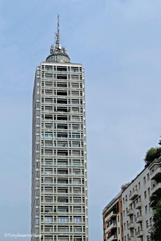 skyscraper Milan