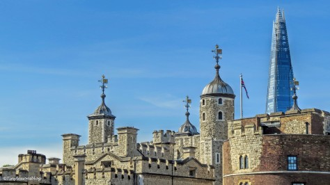 tower of london and the Shard ud142