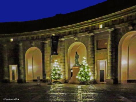 Royal palace court yard UD146_edited-4