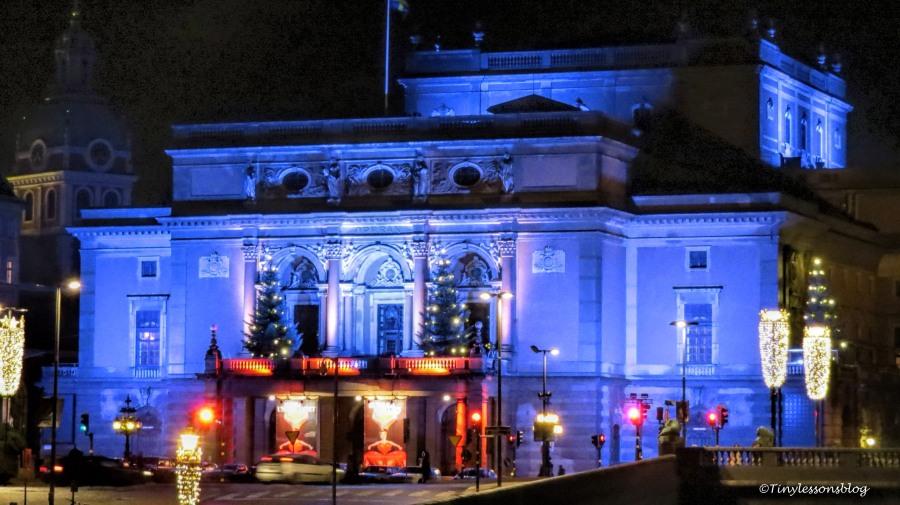 the royal opera house UD146