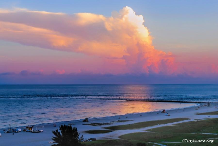 sunrise on the ocean UD156