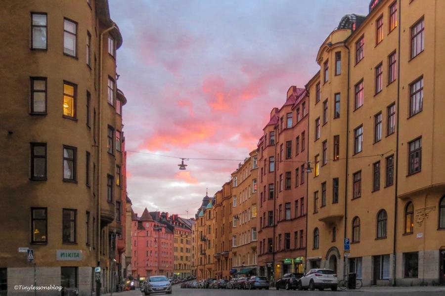 evening stockholm UD164