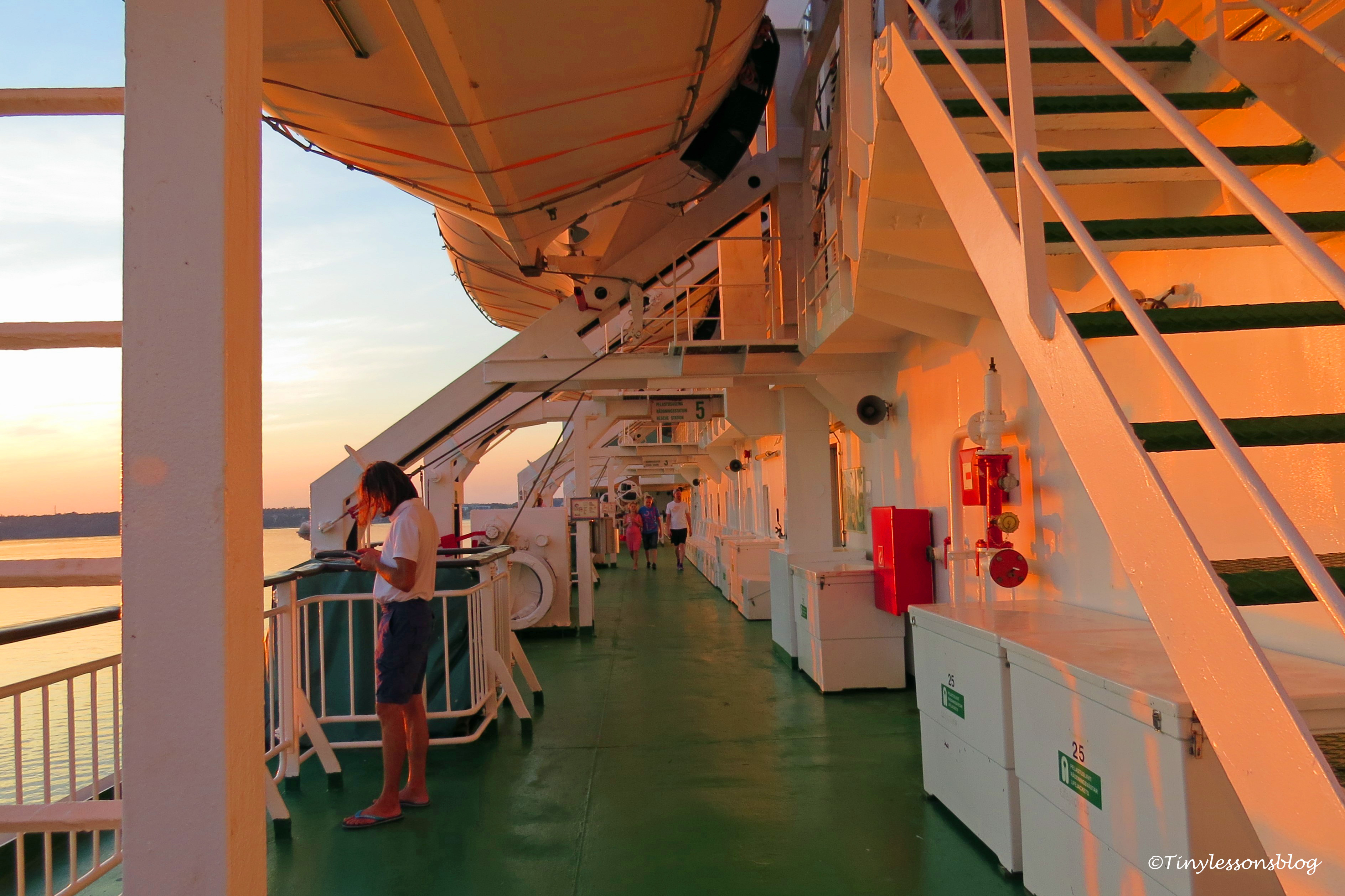 boat deck ud169