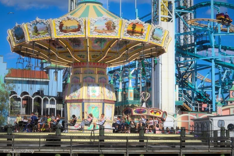grona lund carousel UD165